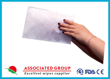 China Rinse Free Bathing Wet Wash Glove supplier
